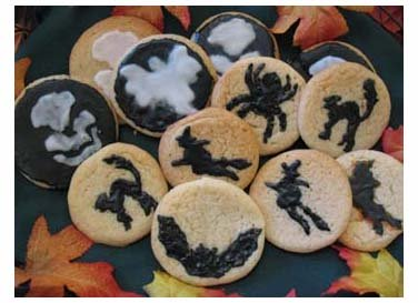 Halloween Stenciled Cookies from www.all-about-stencils.com