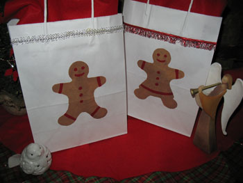 Stenciled Gift Bags from www.all-about-stencils.com