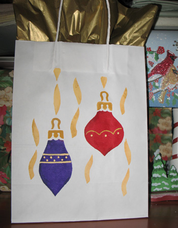 Stenciled Ornaments Gift Bag from www.all-about-stencils.com